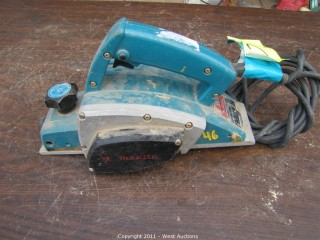"Makita 1900B - 3"" Power Planer"