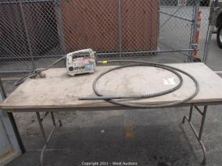 Concrete stow vibrator