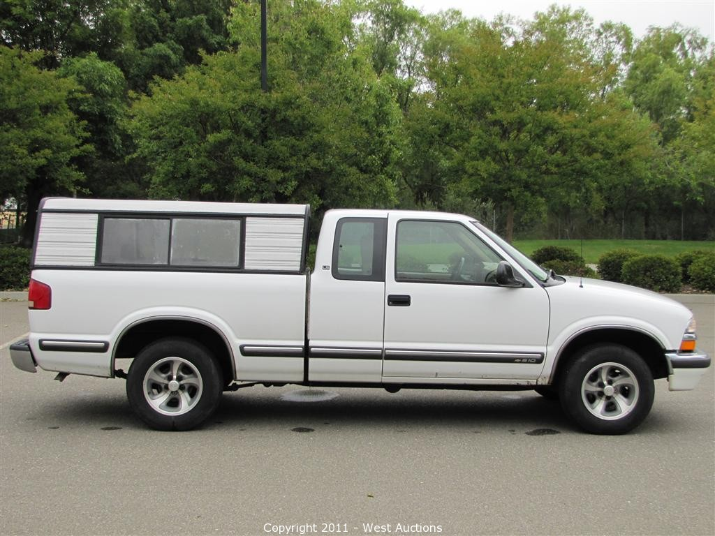 All Chevy 1998 chevy s-10 : West Auctions - Auction: Cars, Trucks, Tractor and Trailers in ...