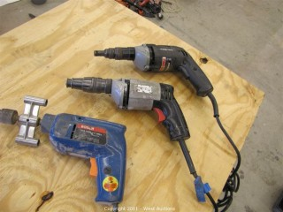 (3) Power Drills - Bosch and Porter-Cable