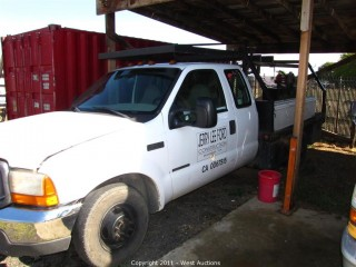 1999 Ford F350XL Super Duty Utility Flat Bed Truck with Crew Cab