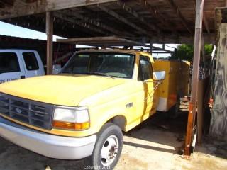 1993 Ford F350XL Utility Truck