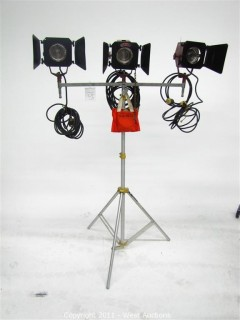 (3) Mole Richardson Mini-Mole 200W Lights on Lowell Stand and Triple-Header