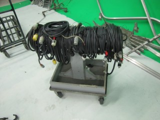 (14+) 25' Long Extension Cords on Rolling Cart