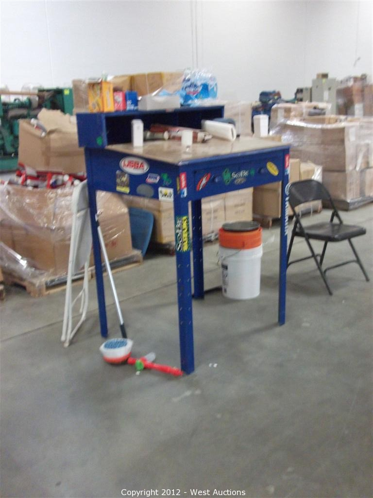 West Auctions   Auction: Public Sale Of Abandoned Property In Ontario,  California ITEM: Warehouse Desk