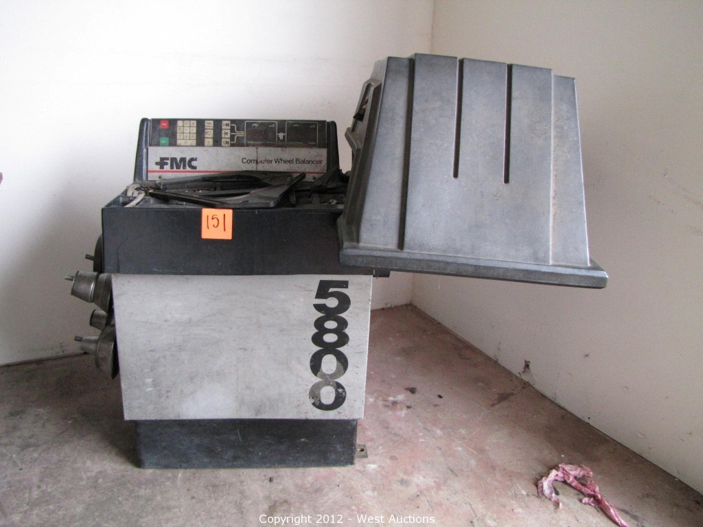 West Auctions - Auction: Machine Shop Tools and Equipment ITEM: FMC Wheel  Balancer 5800