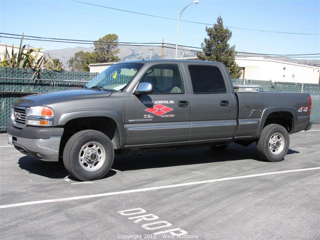 gmc sle extended white in sierra car summit cab graphite