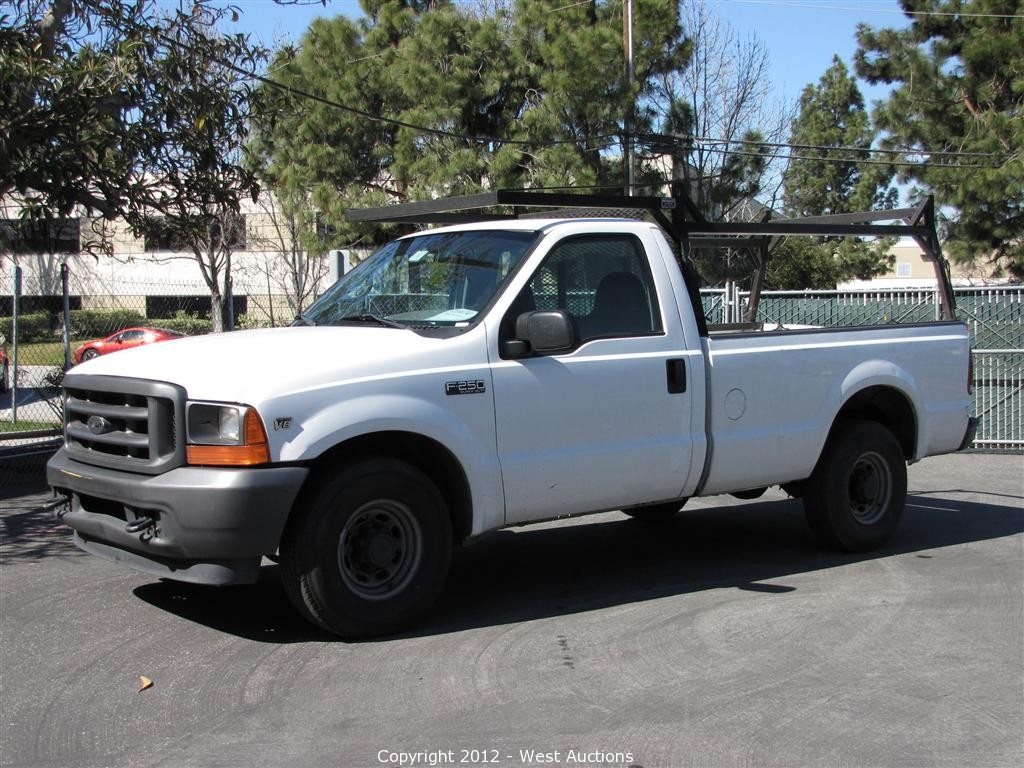 2002 gmc crew cab pick up truck 2001 ford f250 xl pick up