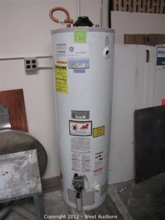 General Electric 40 Gallon Hot Water Heater