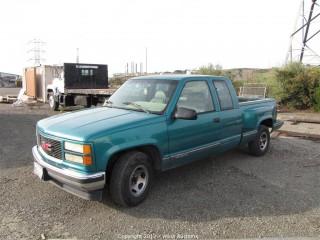 1995 GMC Sierra Pick-Up Truck