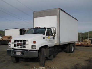 1999 GMC C6500 Box Truck
