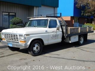 1979 Ford Custom F-350 Flatbed Truck