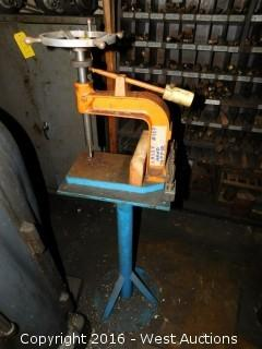Lassy Model 10S Hand Tapper on Stand