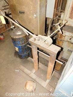 Armstrong-Blum Steel Rod Cutter
