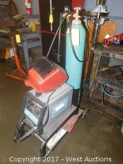 Lincoln Weldmark 135 Plus Welder on Cart