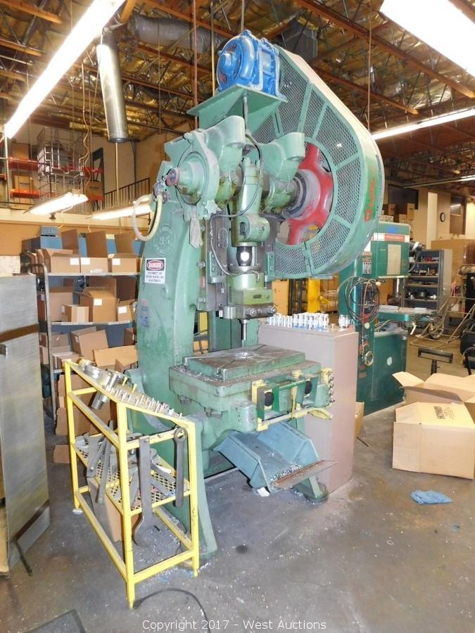 West Auctions - Auction: Relocation Sale of Injection Molding