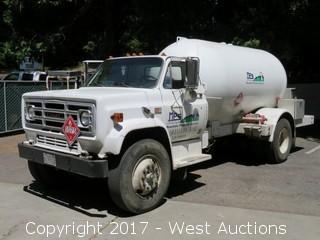 1984 GMC Sierra 7000 2400 Gallon Propane Delivery Truck