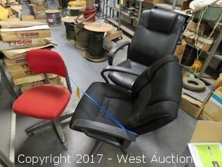 Bulk Lot: (3) Office Chairs
