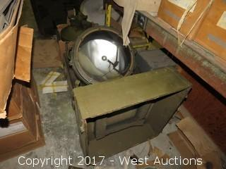 Signal Corps Ceiling Light Projector ML-318