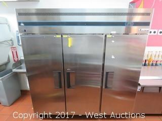 Everest ESR3 3-Door Portable Reach-In Refrigerator