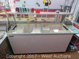 "Metalfrio MSF70 70"" Glass Top Ice Cream Display Freezer"