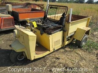 Cushman Gas Cart with Tilt Bed (not running)