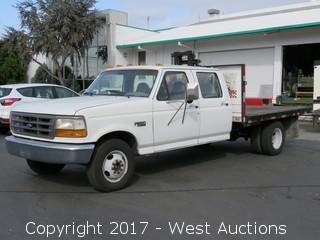 1997 Ford F-350 XL Flatbed Truck