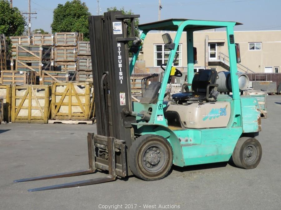 at mitsubishi forklift manufacturers diesel with com ton showroom and t japanese alibaba suppliers