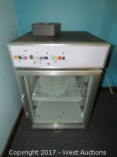Glass Door Countertop Merchandiser Refrigerator