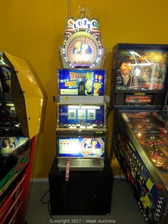 Slotto Slot Machine