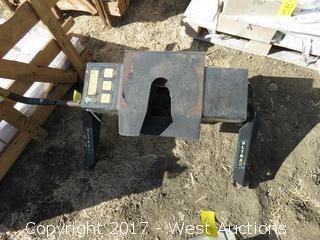 Hijacker Ultra Slide FWH-24PA Double Pivot 16,000lb 5th Wheel Hitch