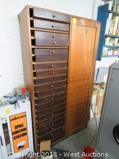 Wood Cabinet Cabinet with Flat Storage Drawers