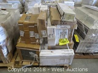 Pallet: (50+) Boxes of Assorted Tiles