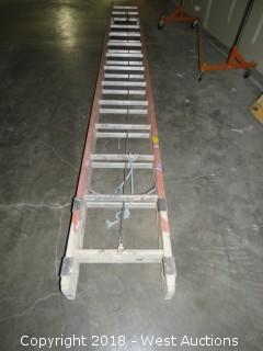 28' Fiberglass Extension Ladder