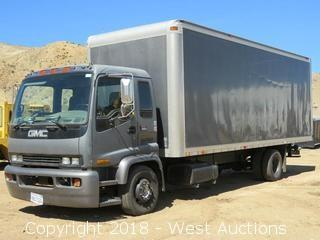 1999 GMC T6500 19' CAT Diesel Box Truck