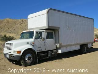 1998 International Navistar 4700 21' Cabover Diesel Box Truck with Lift Gate