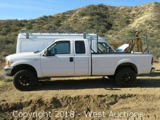 1999 Ford F-250 Super Duty Extended Cab Pickup Truck