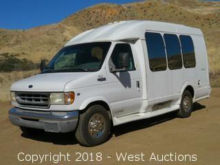 2000 Ford E-350 Turtle Top Limo Van