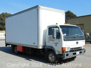1999 Nissan UD 1800CS 16' Diesel Box Truck With Lift Gate
