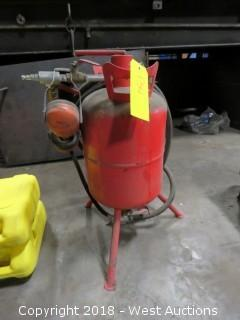 Central Pneumatic Sand Blaster 1' X 10""