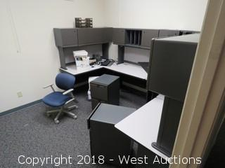 Modular Office Cubicle Station