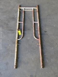 """(21) 6'-7"""" x 2' Waco Scaffolding Frames"""