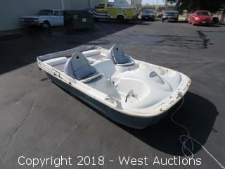 2002 Pelican Decker 7 Seater Paddle Boat