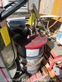 Valvoline Oil Bin with Pump