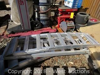 (2) 7' Aluminum Trailer Ramps