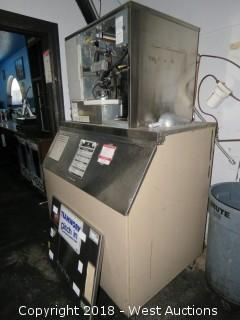 Hoshizaki Ice Maker and Ice Bin (No Compressor)