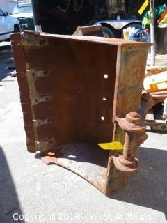 """33"""" Excavator Bucket"""