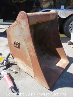 """23"""" Tag Excavator Bucket"""