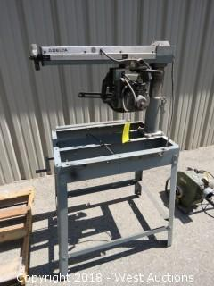 Delta Model 10 Deluxe Radial Arm Saw with Automatic Brake