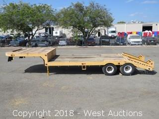 1952 30' Step Deck Dovetail 5th Wheel Trailer